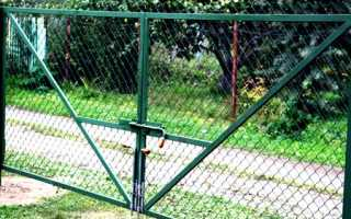 Ворота из сетки рабицы: как их сделать своими руками