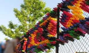Как украсить забор из сетки рабицы, закрыть от соседей, сделать непрозрачным