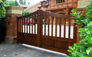 Деревянные ворота с ковкой: видео-инструкция по монтажу своими руками, фото и цена